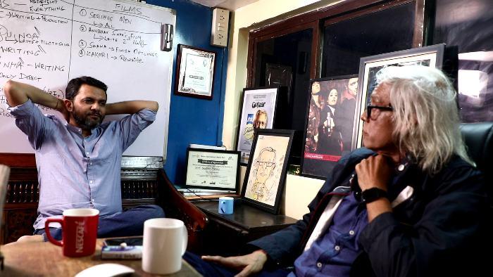 नीलेश मिसरा के साथ इंटरव्यू में सुधीर मिश्रा ने अपने जीवन के कई पहलुओं पर चर्चा की।